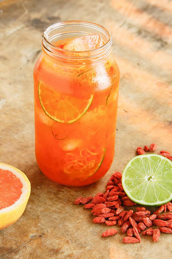Goji-Lemonade