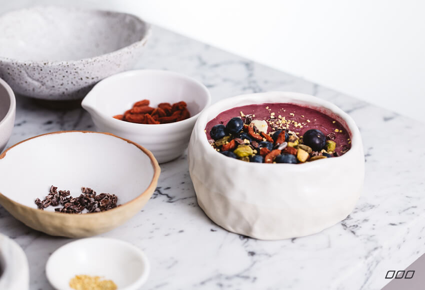 Eat Your Way To Glowing Skin & A Happy Gut - Get Glowing Breakfast Smoothie Bowl