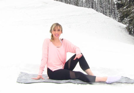 Feeling' Fab in 5 Min – Stretch it Out Snow Bunny Style