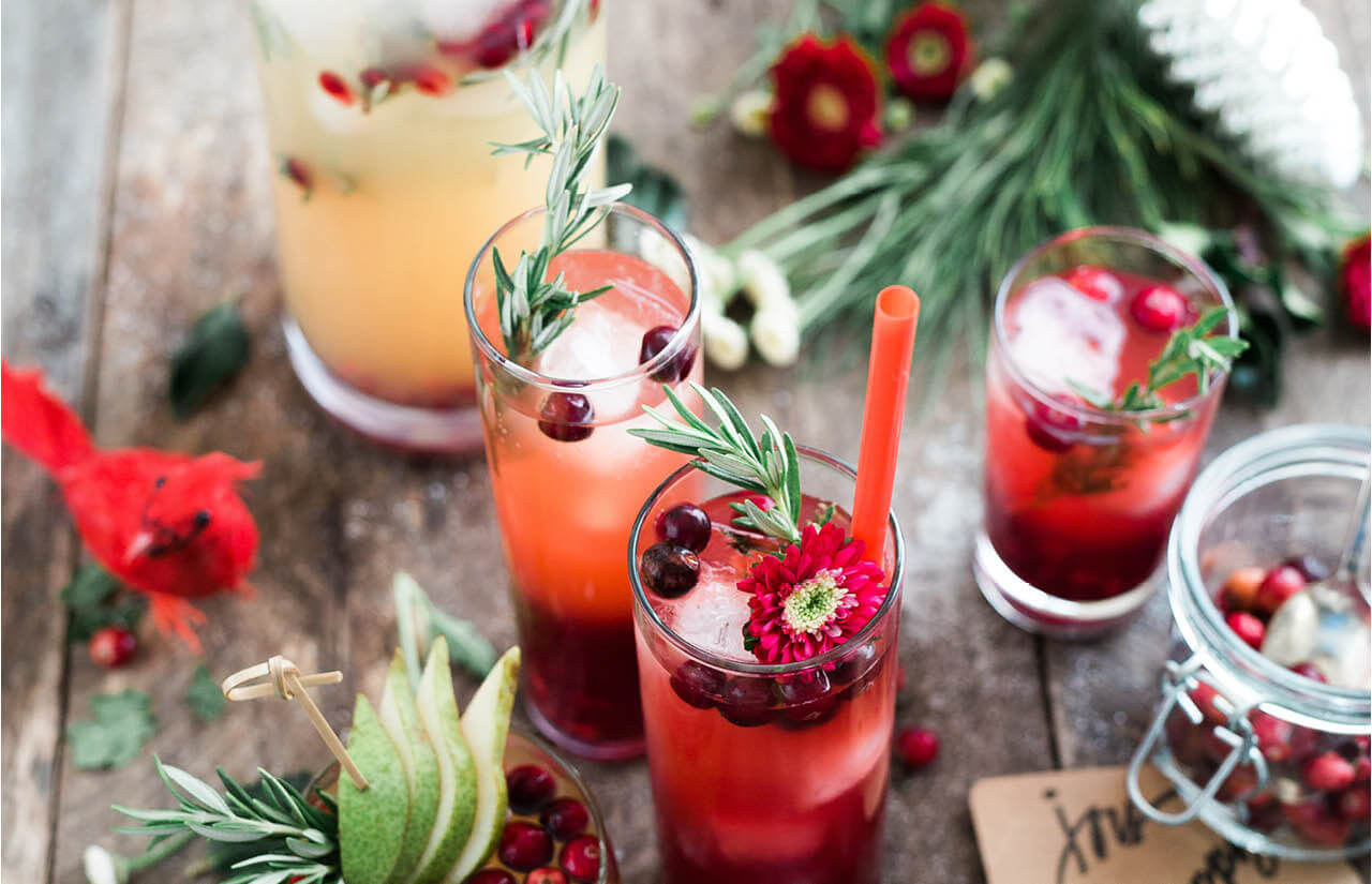 Navigating Holiday Parties the Healthy (& Fun!) Way