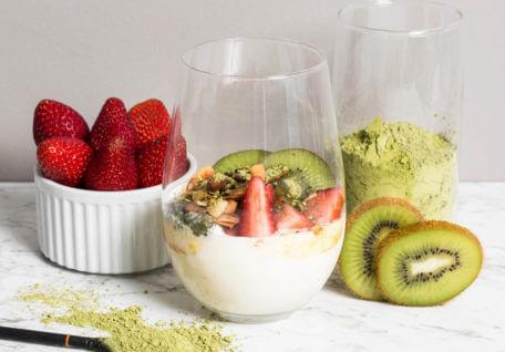 Easy Yoghurt Breakfast