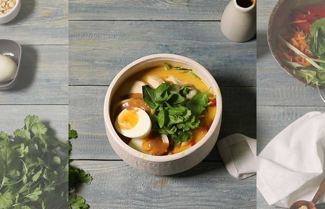 Peanut Chicken Ramen with Vegetable Noodles