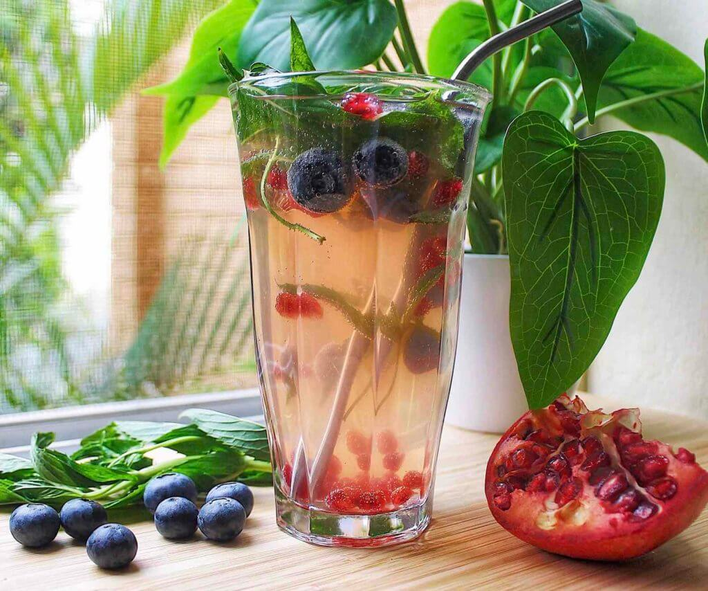 Refreshing Berry Mocktail